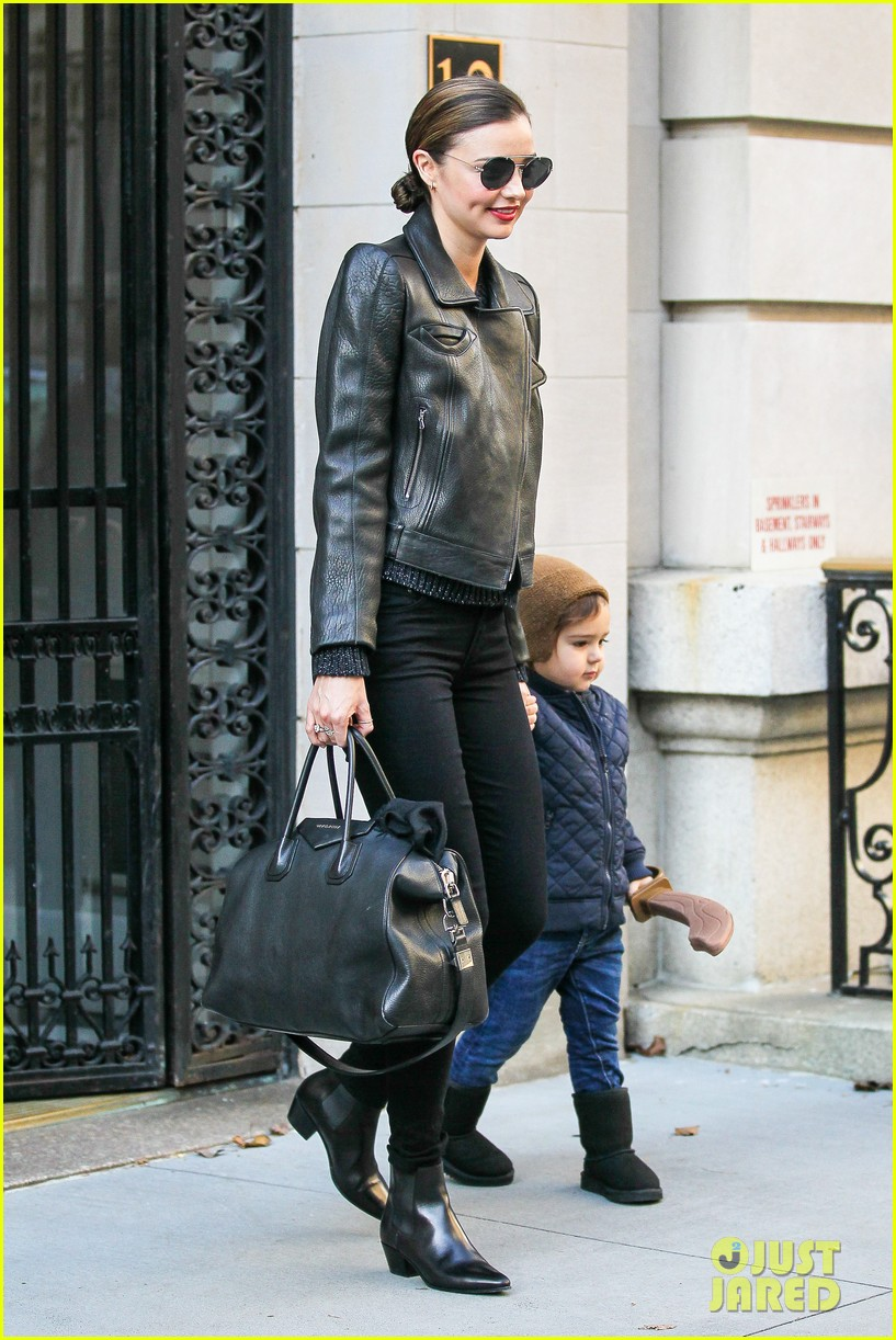 miranda kerr drops off flynn for day with daddy orlando bloom 16