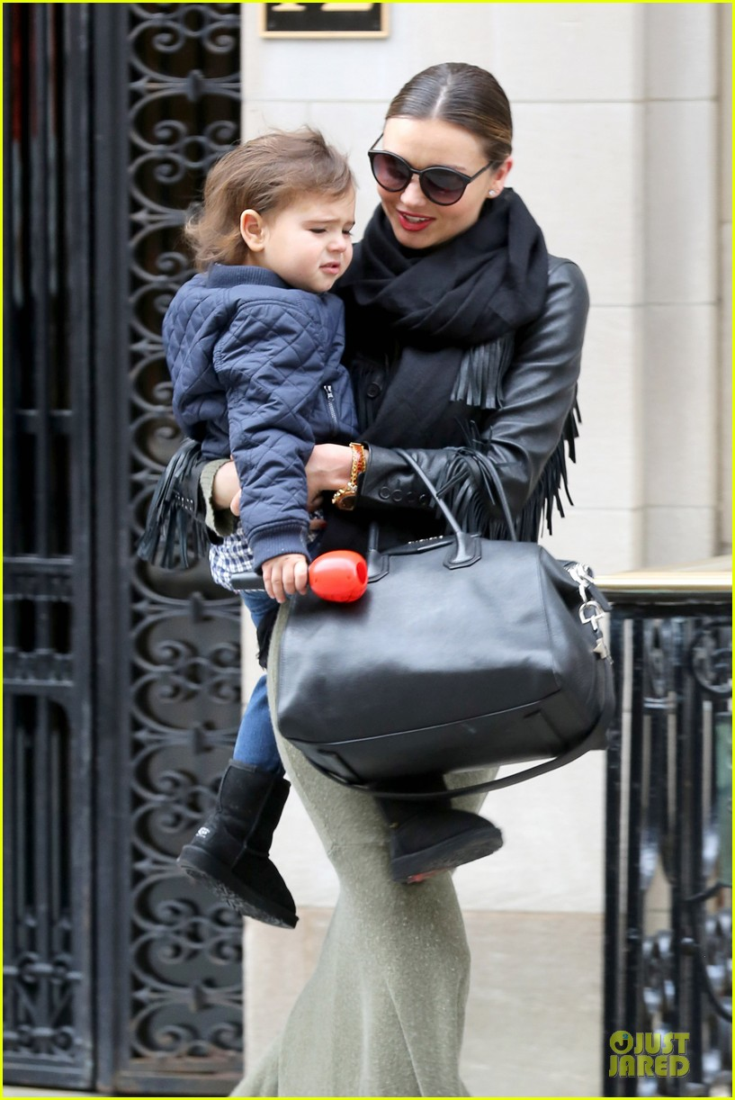 miranda kerr new years eve helicopter ride with flynn 023020588