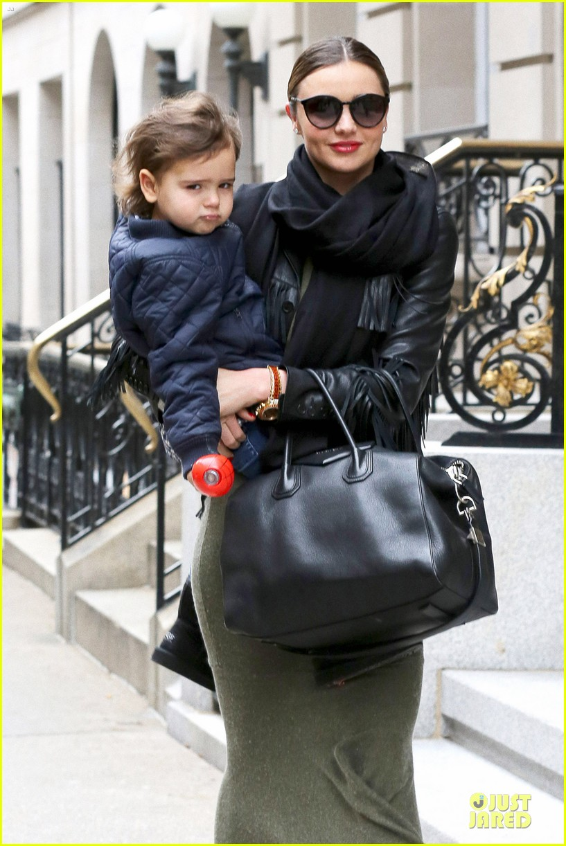 miranda kerr new years eve helicopter ride with flynn 063020592