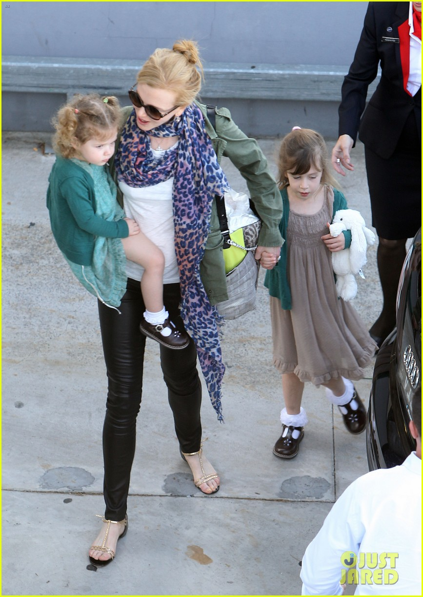 nicole kidman australia arrival with faith sunday 033014397