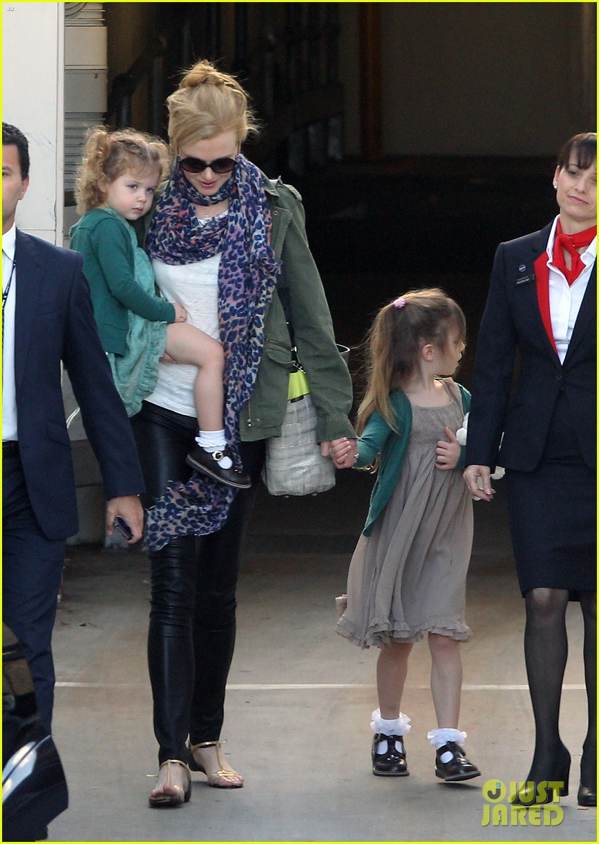 nicole kidman australia arrival with faith sunday 11