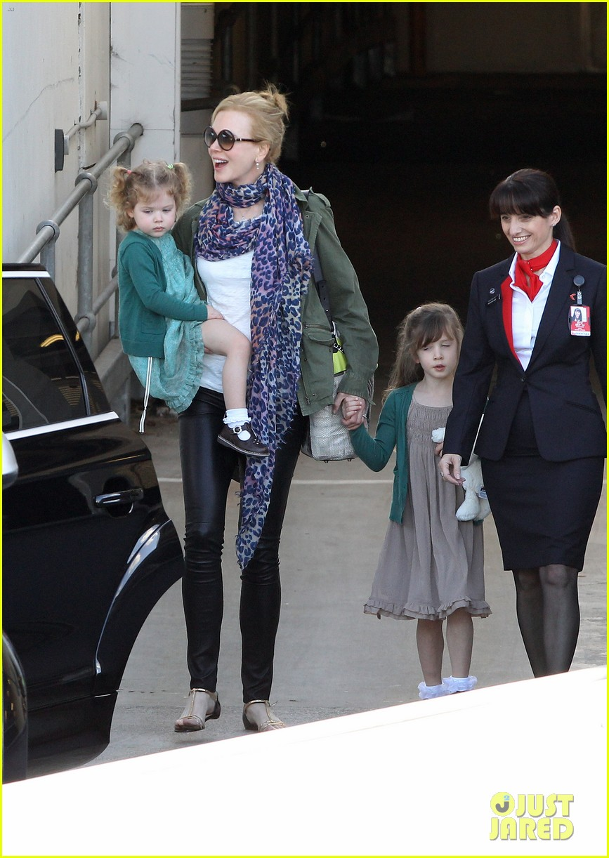 nicole kidman australia arrival with faith sunday 143014408