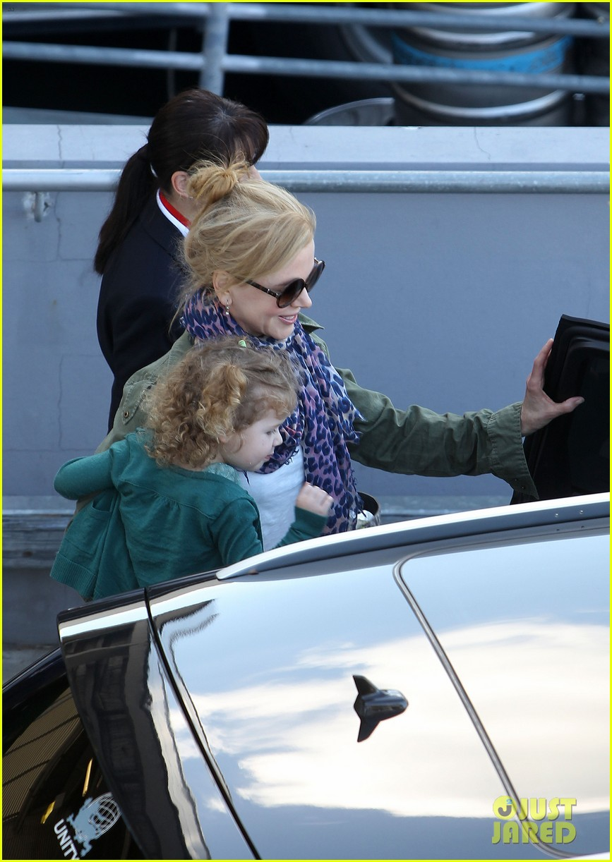 nicole kidman australia arrival with faith sunday 193014413