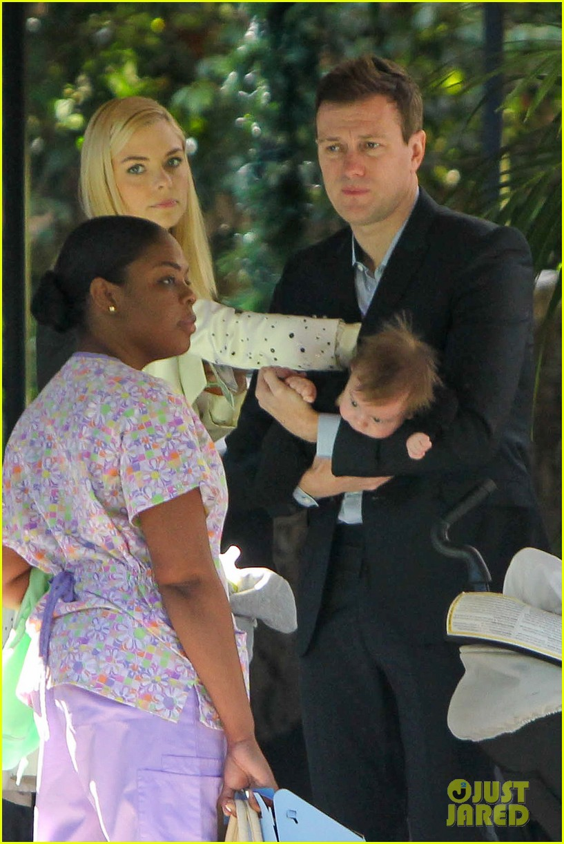 jaime king brunch date with kyle newman baby james 023019640