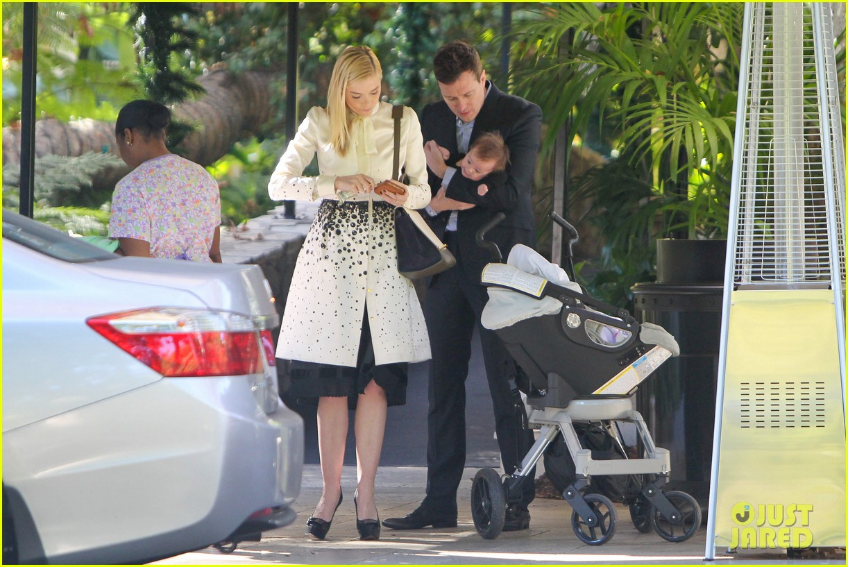 jaime king brunch date with kyle newman baby james 033019641