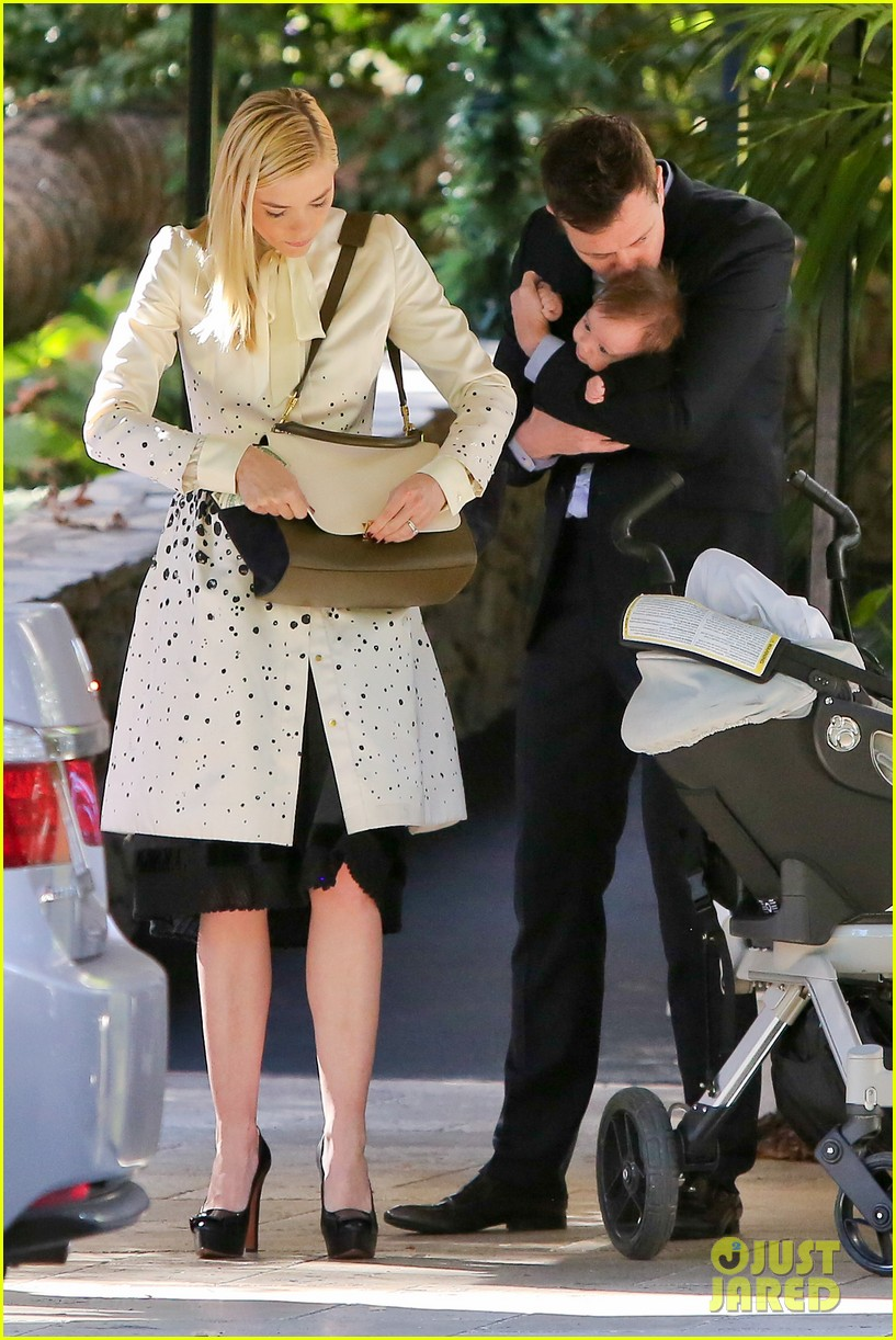 jaime king brunch date with kyle newman baby james 07
