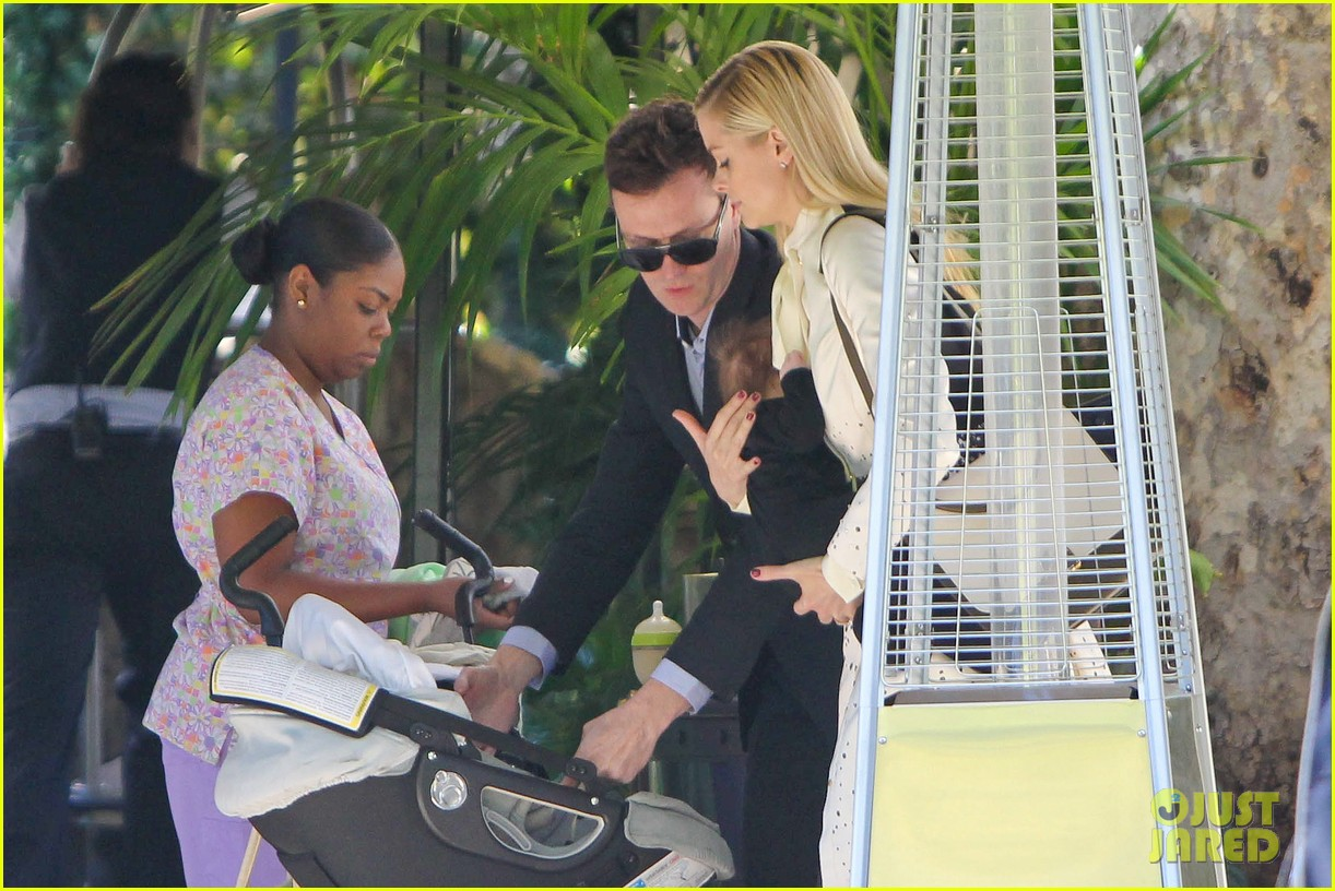 jaime king brunch date with kyle newman baby james 093019647