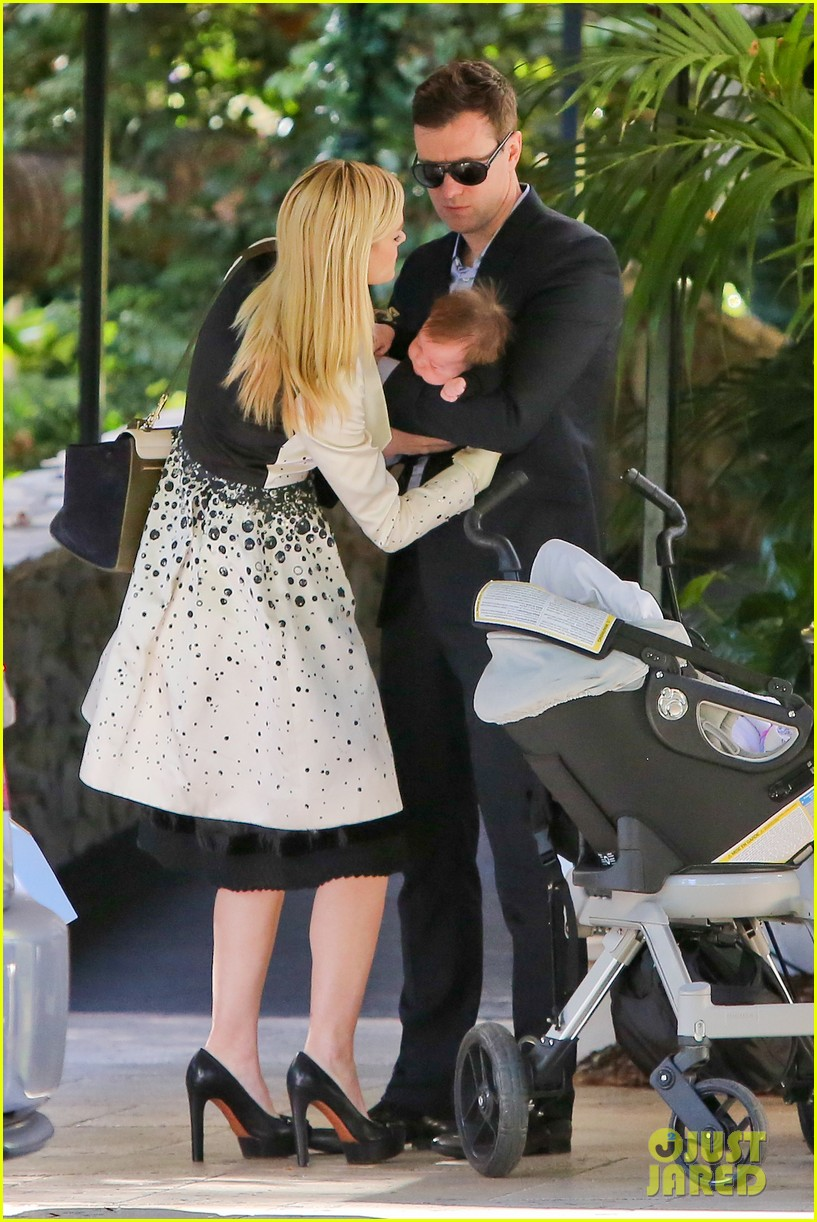 jaime king brunch date with kyle newman baby james 11