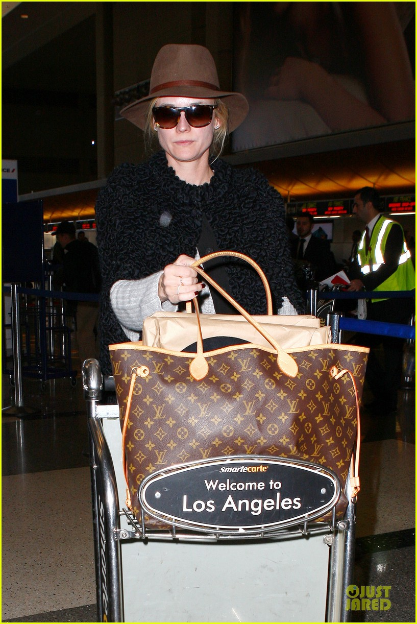 diane kruger lax departure for european film awards 063005197
