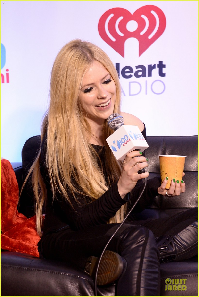 avril lavigne chad kroeger y100 jingle ball 2013 pair 113015635