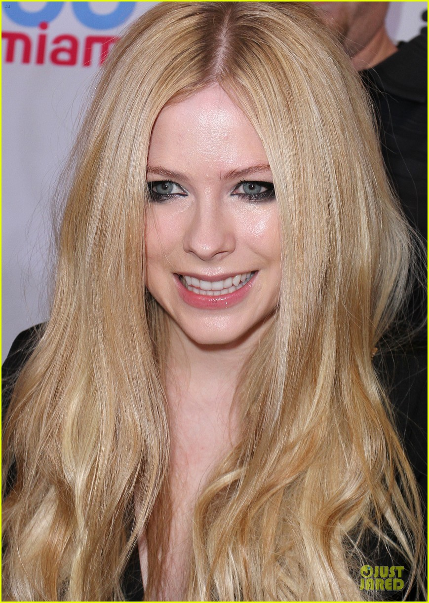 avril lavigne chad kroeger y100 jingle ball 2013 pair 223015646