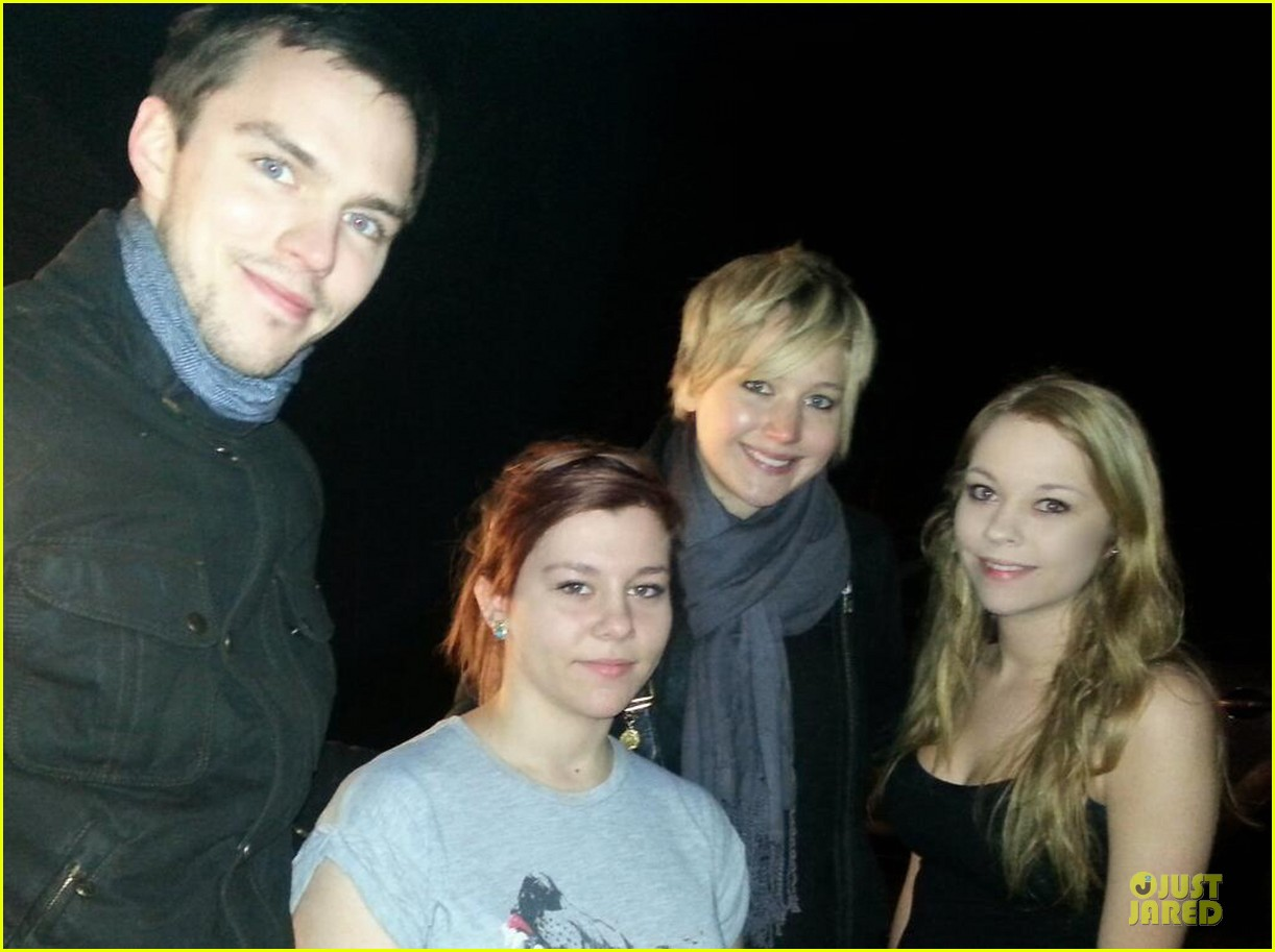 jennifer lawrence nicholas hoult spend holidays together 013020617