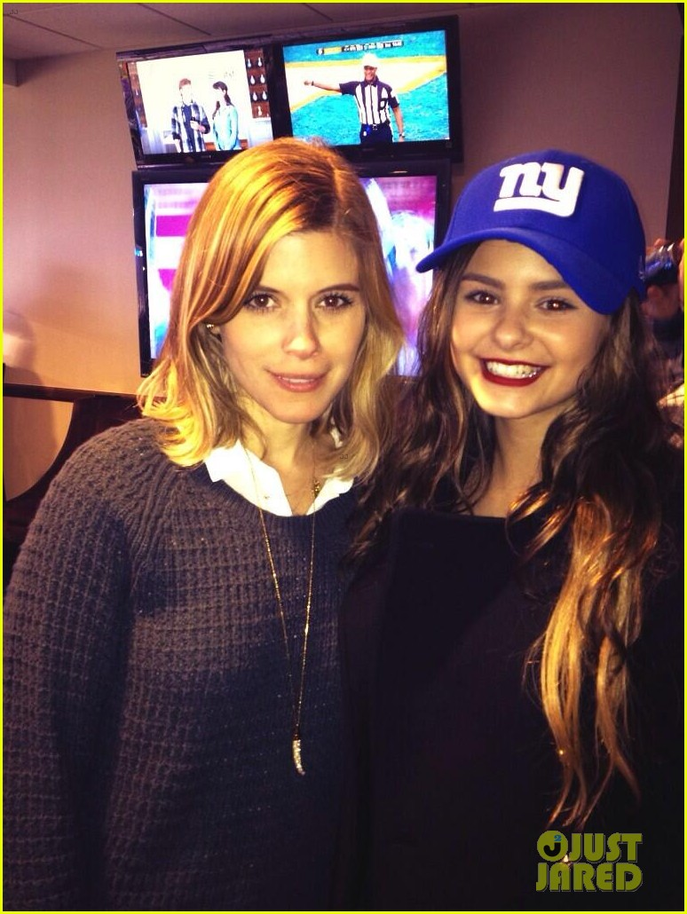the voice jacquie lee sings national anthem meets kate mara at giants game 023019807