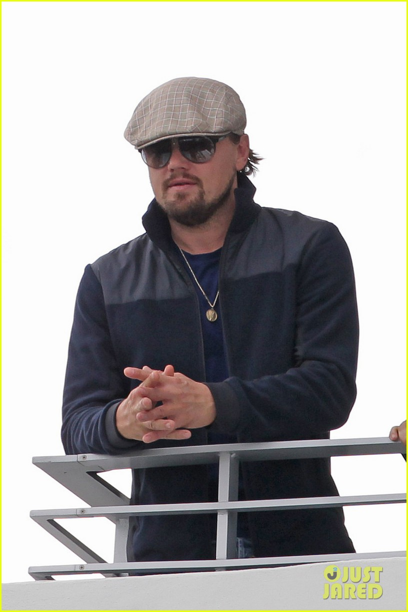 leonardo dicaprio takes in sights in miami 023004286