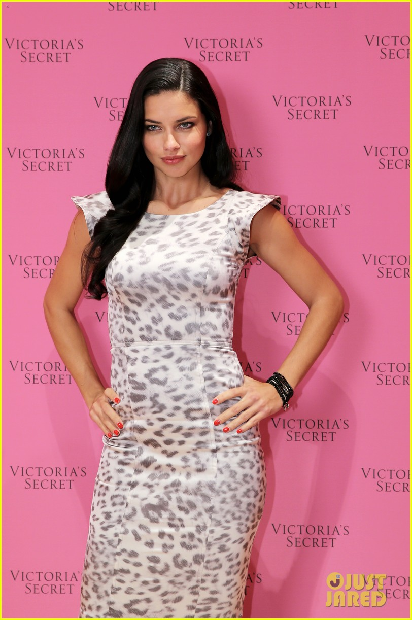 adriana lima launches victorias secret fantasy bra in dubai 153012882