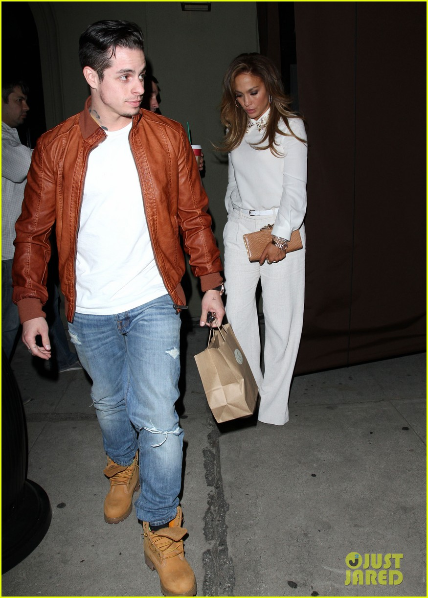 jennifer lopez casper smart craigs dinner date 063014097