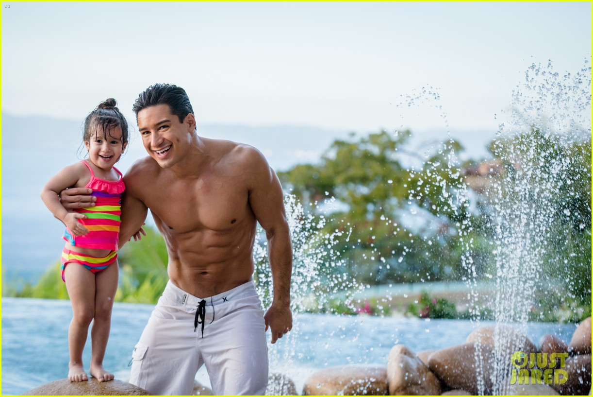 mario lopez displays ripped shirtless body on his family vacation 02