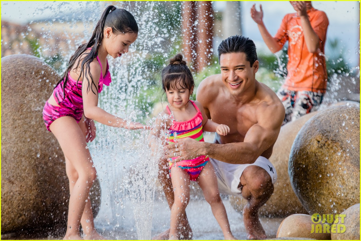 Mario Lopez Displays Ripped Shirtless Body On Family Vacation
