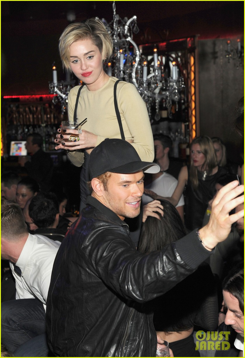 miley cyrus kellan lutz party together in vegas photos 053018895
