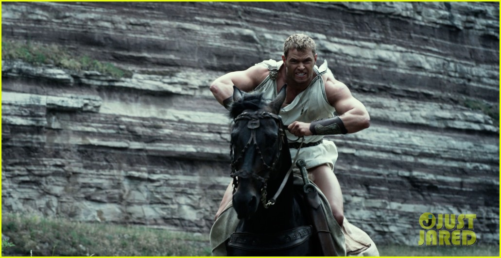 kellan lutz is shirtless sexy for new legends of hercules trailer 02
