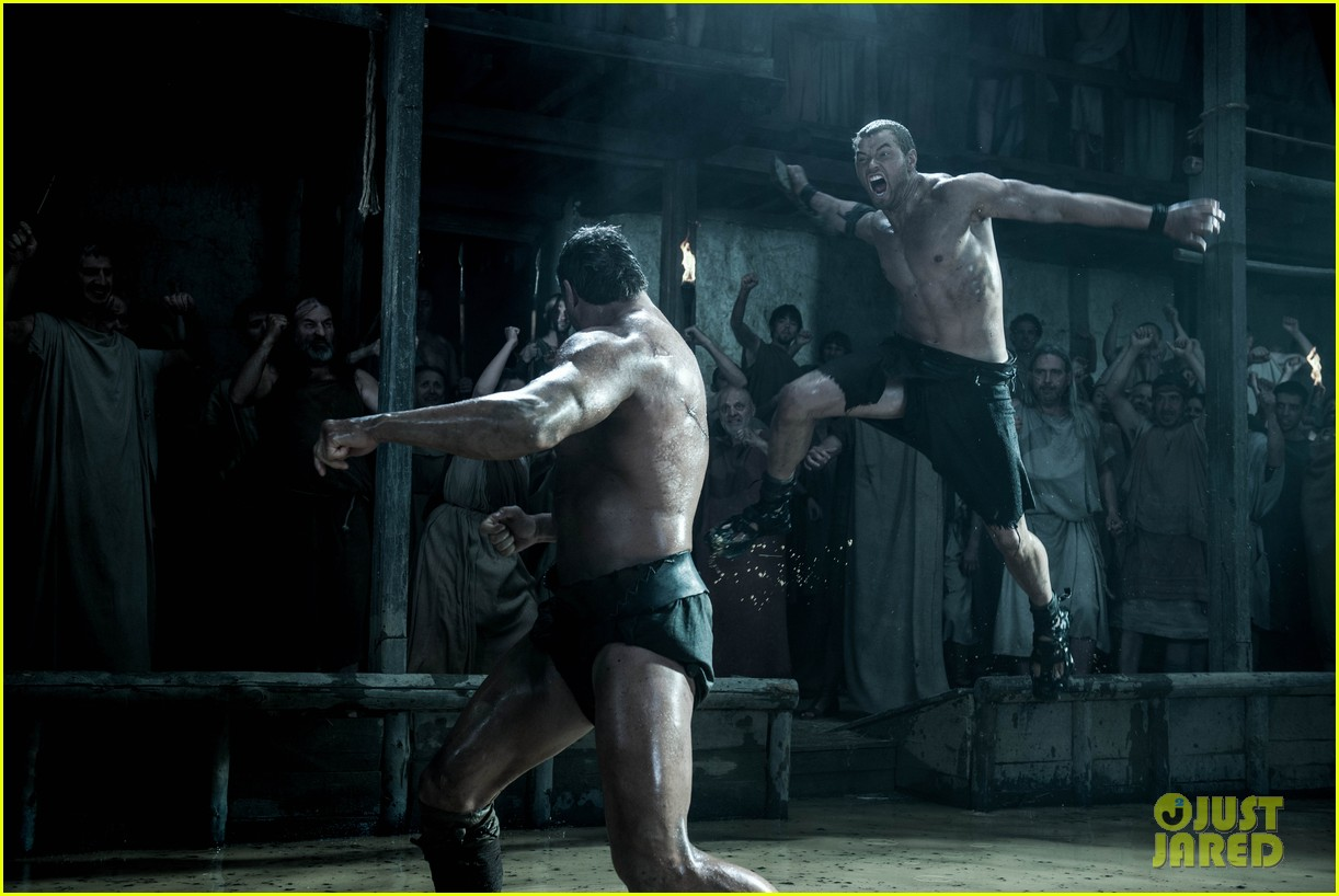 kellan lutz is shirtless sexy for new legends of hercules trailer 033011467