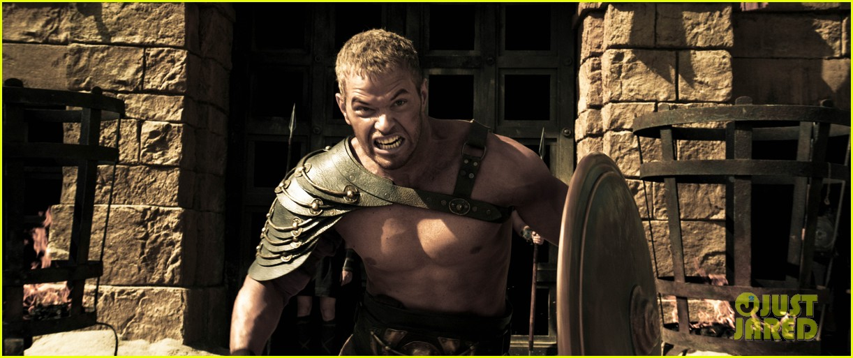 kellan lutz is shirtless sexy for new legends of hercules trailer 043011468