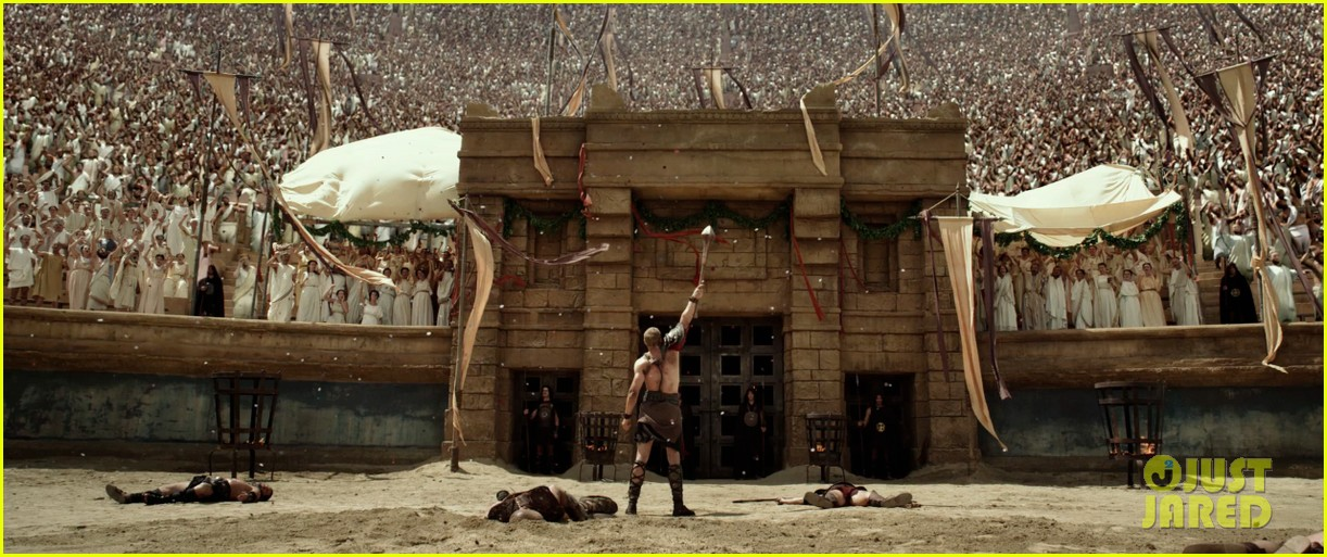 kellan lutz is shirtless sexy for new legends of hercules trailer 243011488