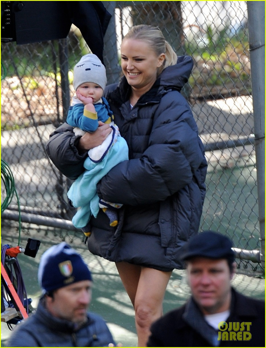 malin akerman hangs with sebastian on trophy wife set 113006342