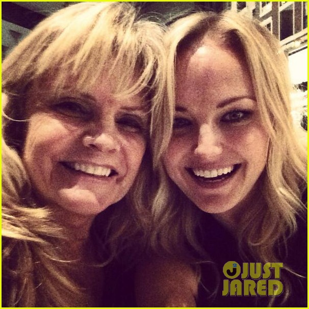 malin akerman spends quality time with mom sebastian 043017964