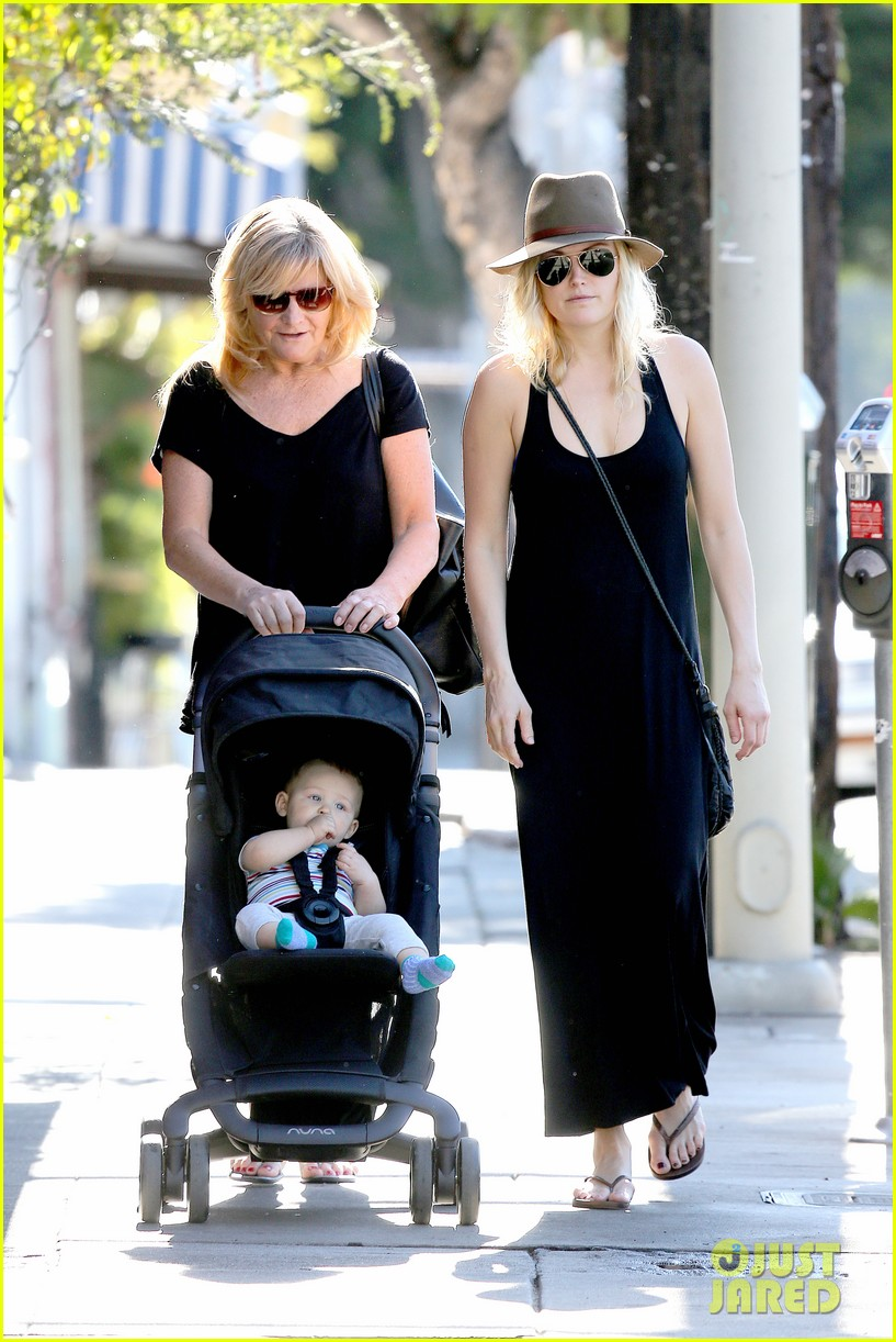 malin akerman spends quality time with mom sebastian 063017966