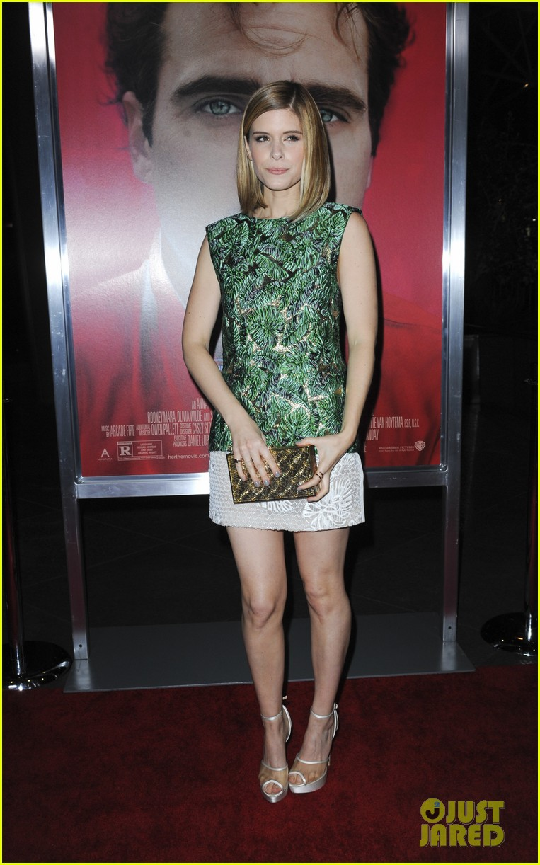 rooney mara her premiere with sister kate mara 123011105