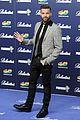 ricky martin luke evans 40 principales awards 2013 02