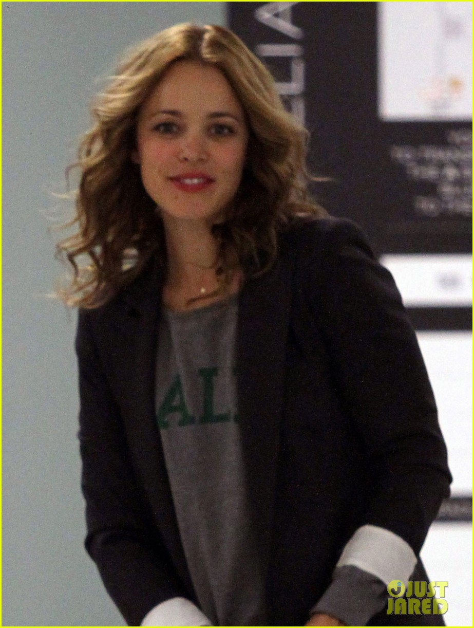 rachel mcadams dating august 2013