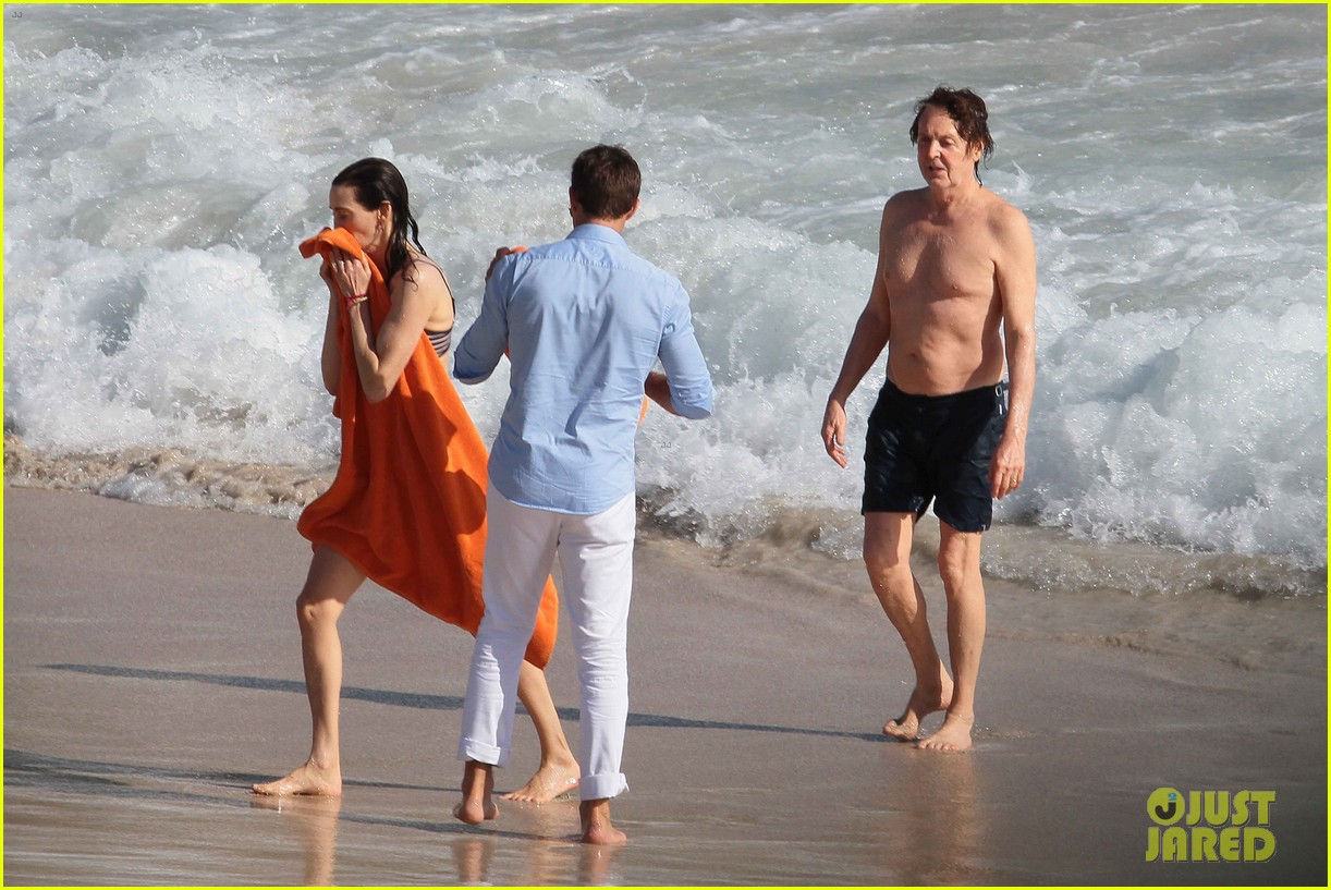 paul mccartney shirtless vacation with wife nancy shevell 053018496
