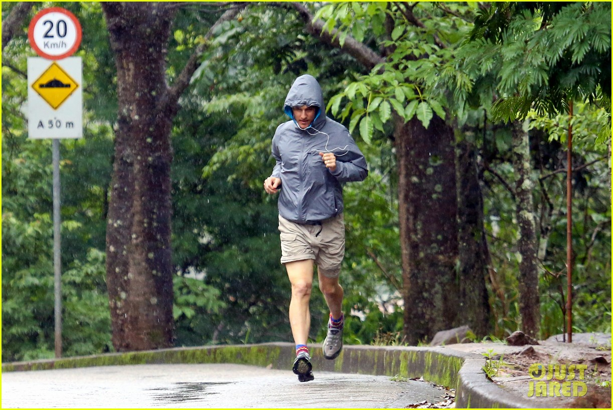 matthew mcconaughey braves the rain for a run in brazil 143018370