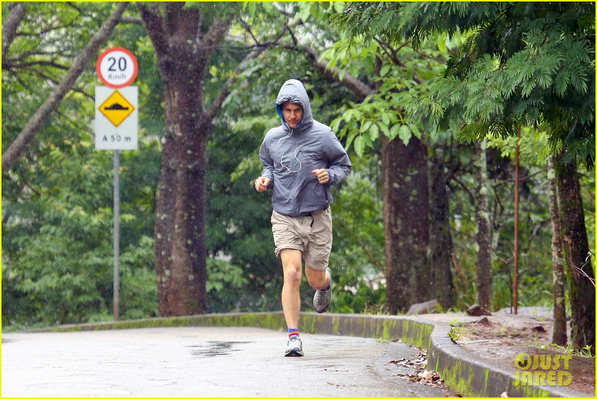 matthew mcconaughey braves the rain for a run in brazil 163018372