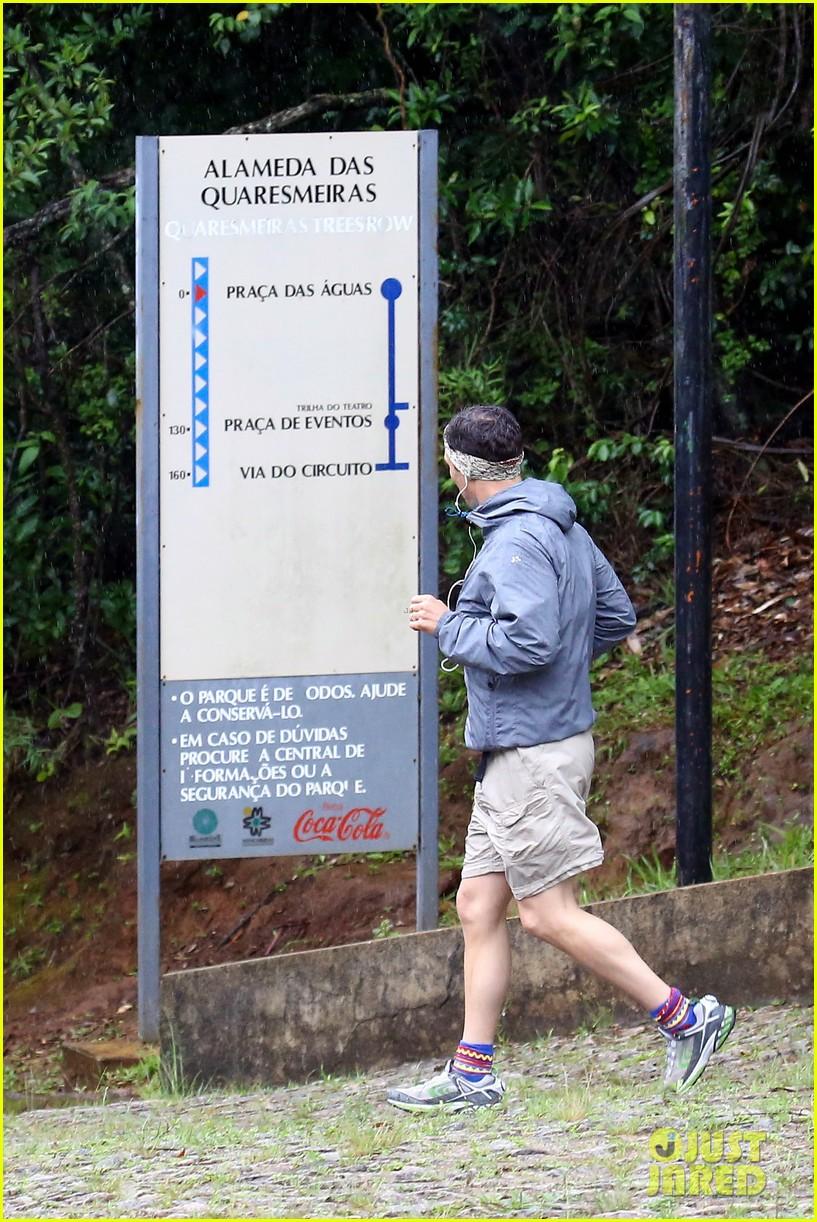 matthew mcconaughey braves the rain for a run in brazil 183018374