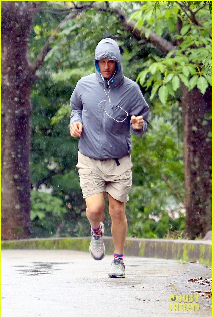 matthew mcconaughey braves the rain for a run in brazil 193018375