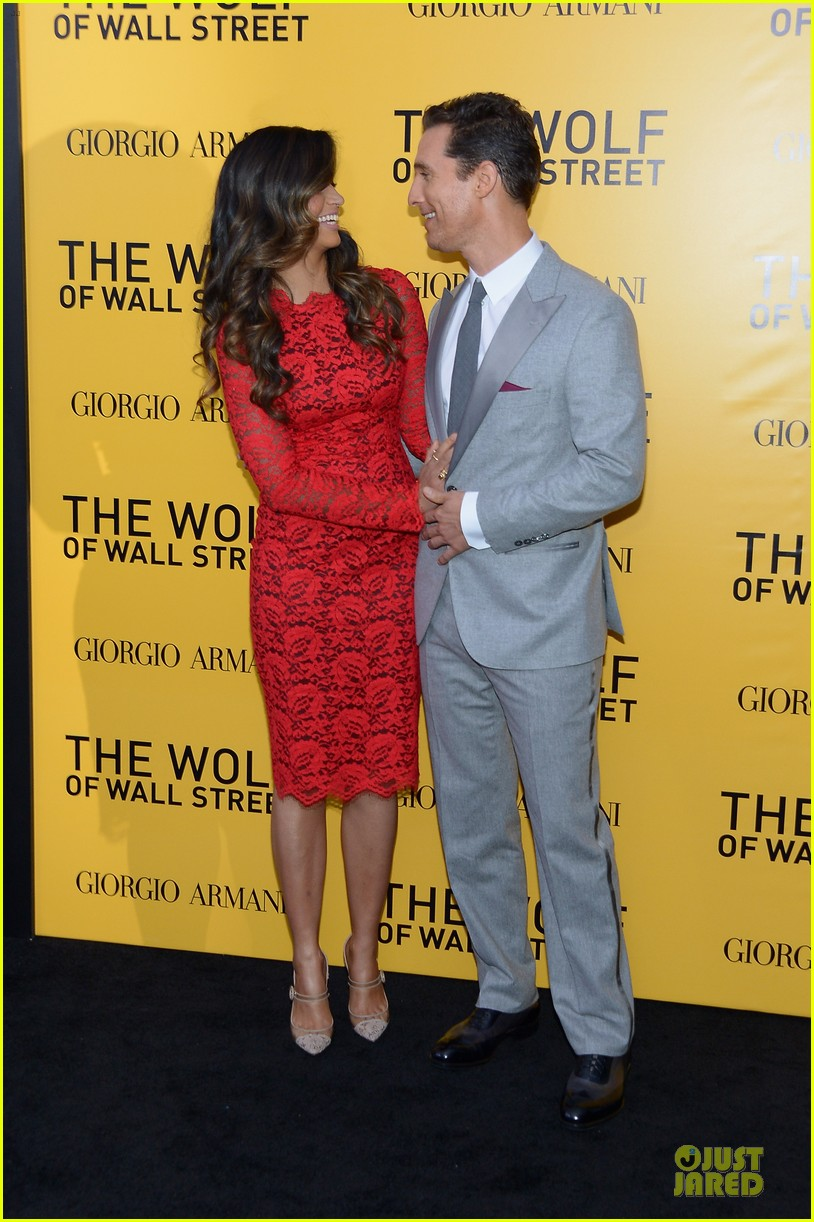 matthew mcconaughey camila alves wolf of wall street nyc premiere 083013859