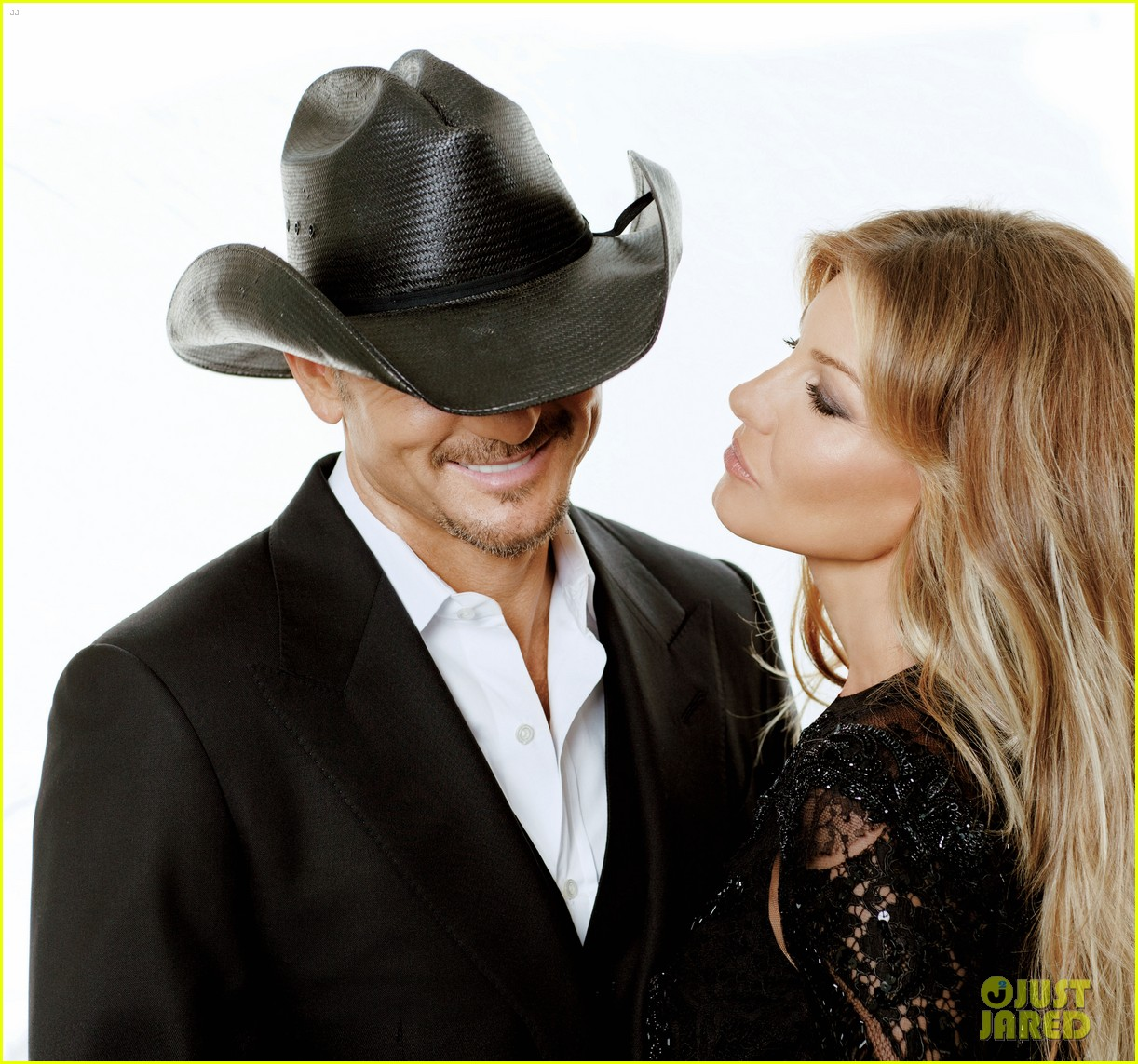 tim mcgraw faith hill cover vegas magazine december 2013 02