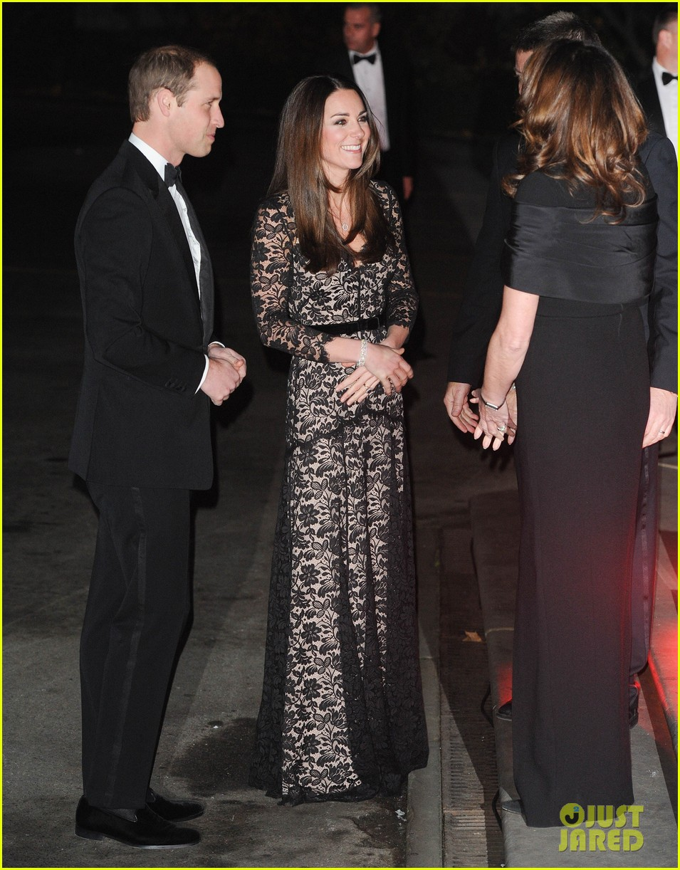 kate middleton prince william glam up for 3d movie premiere 013010005