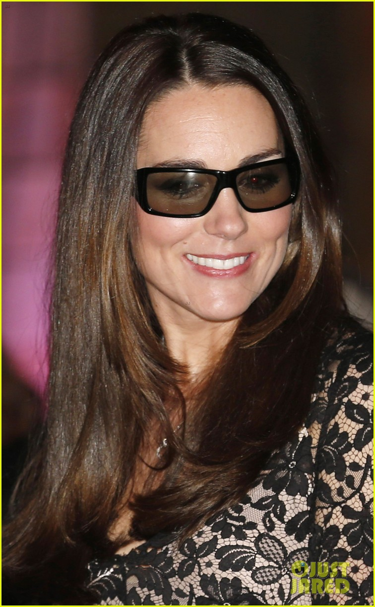 kate middleton prince william glam up for 3d movie premiere 093010013