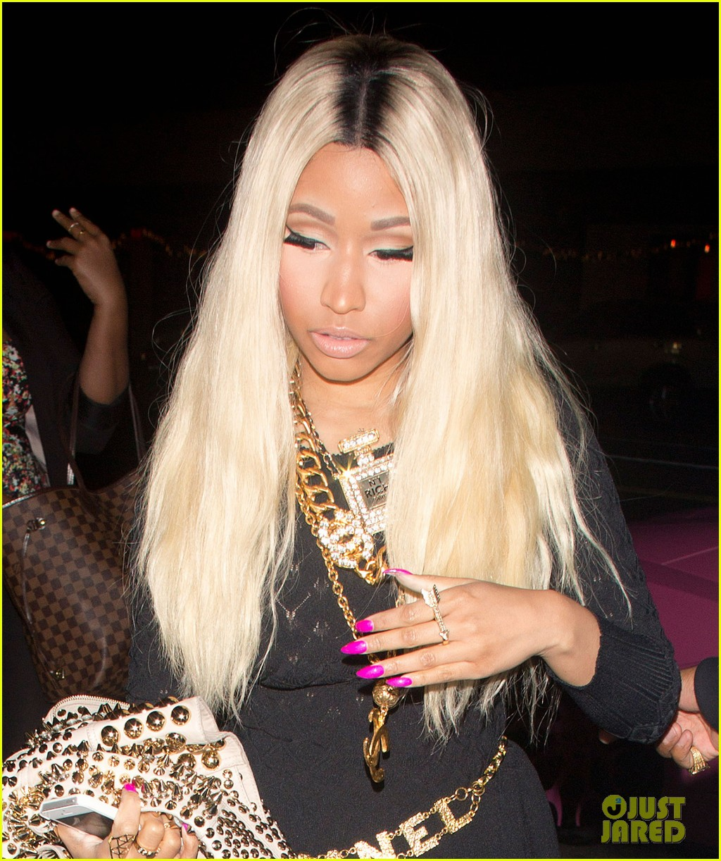 nicki minaj celebrates 31st birthday with beau safaree samuels 043008351
