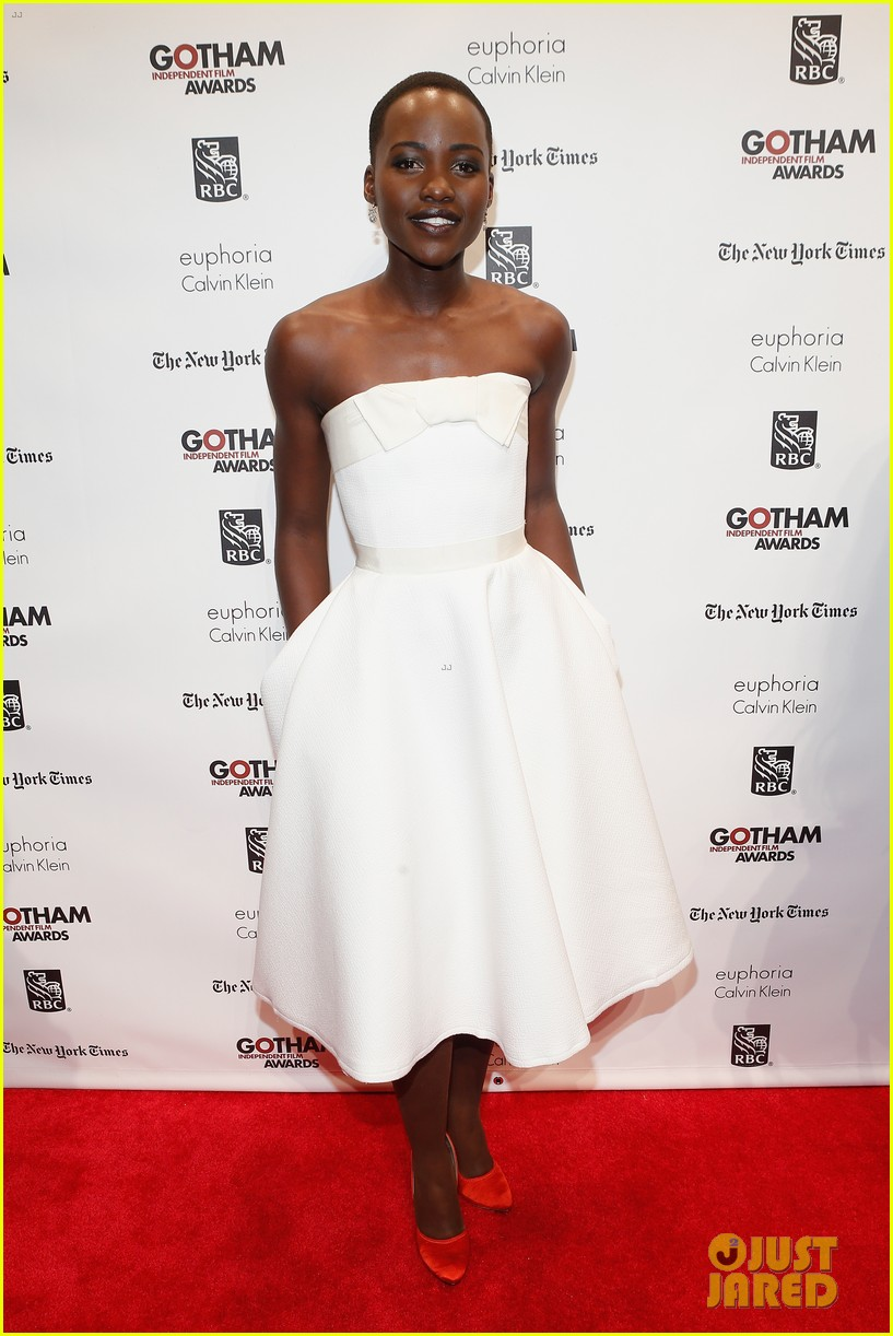 lupita nyongo kathryn hahn gotham film awards 03