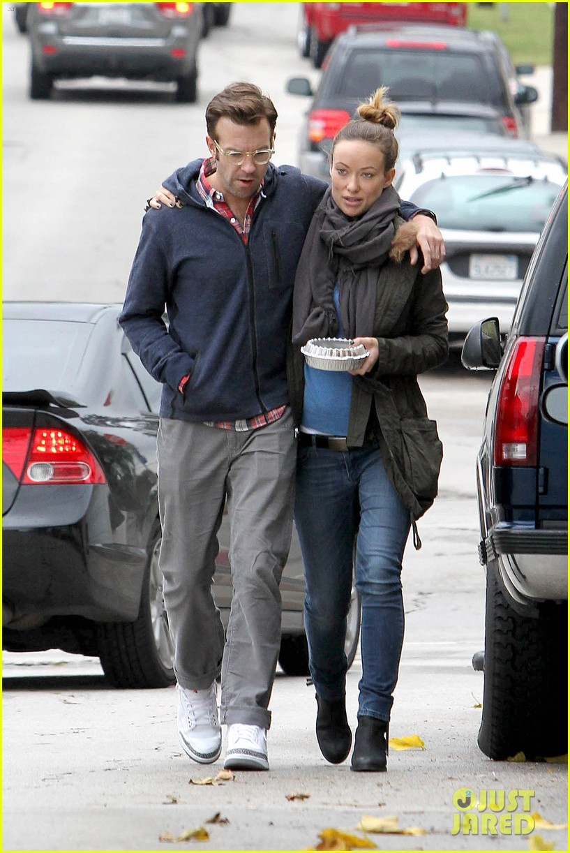 olivia wilde jason sudeikis arm in arm after lunch date 293007631