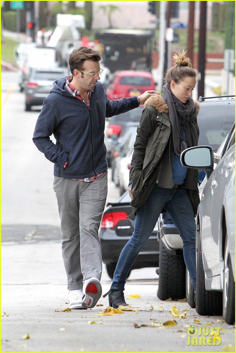 olivia wilde jason sudeikis arm in arm after lunch date 343007636