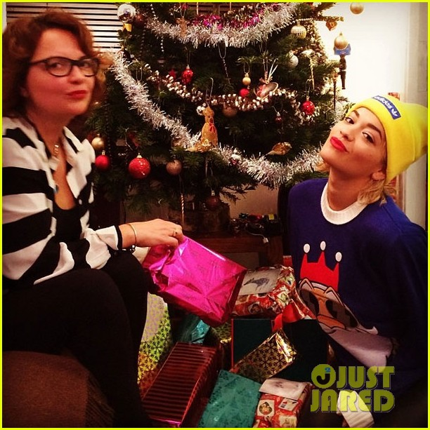 rita oras mom gets fifty shades of grey for christmas 043017641