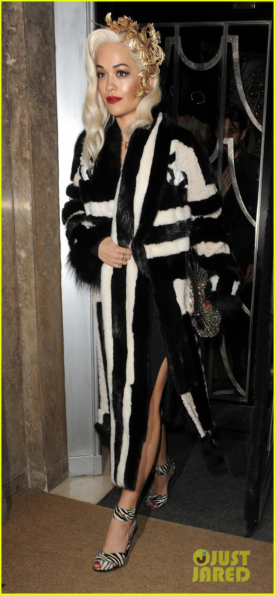 rita ora steps out after fifty shades casting news 093004100