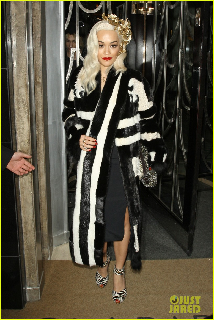 rita ora steps out after fifty shades casting news 113004102
