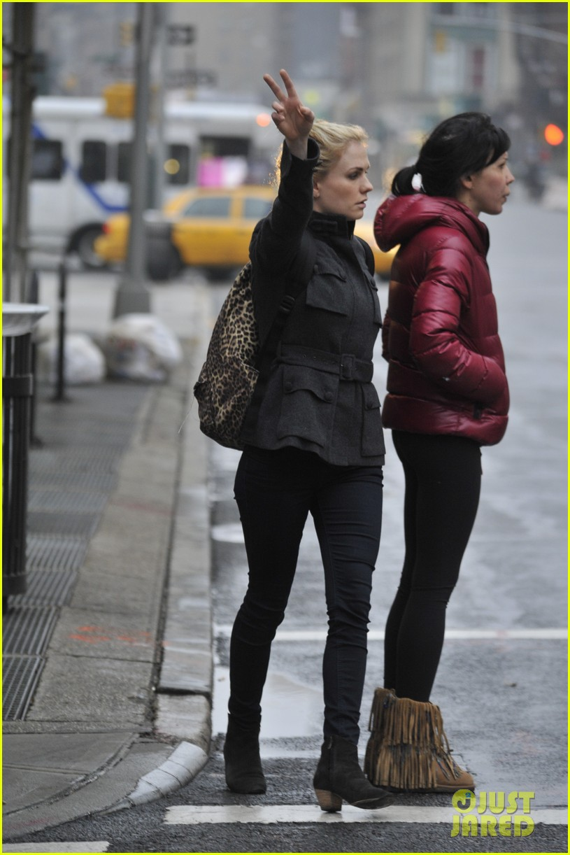 anna paquin steps out before stephen moyers live sound of music 123005566